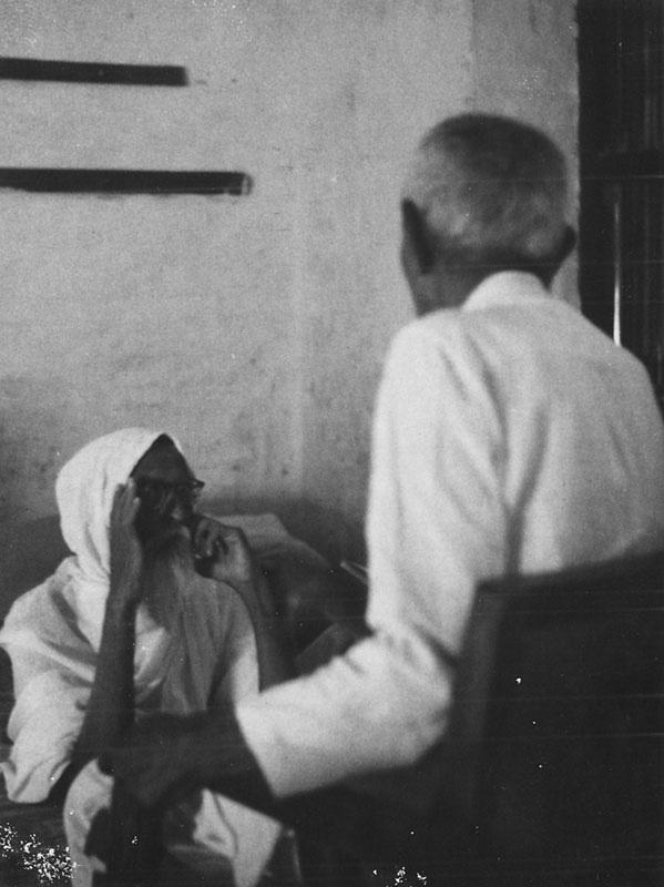 Vinoba Bhave with Nanabhai Bhatt at Lokbharti  - Lokbharti Gallery